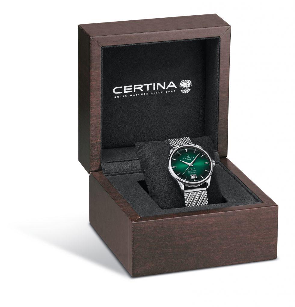 Certina DS-1 special edition herenhorloge met groene wijzerplaat in horloge doos